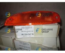 Повторитель поворота в бампер левый (желтый) без лампочки