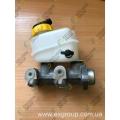 Цилиндр главный тормозной с бачком (без штуцеров) (DAC) без АБС