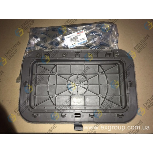 Крышка вещевого ящика багажника