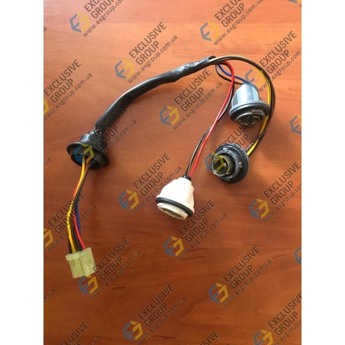 Жгут проводов заднего фонаря М-100